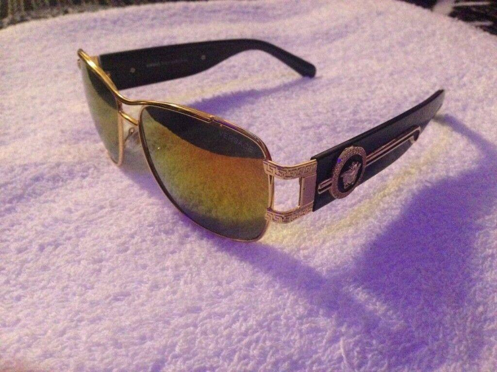 ebb8cf1b6533c Versace sunglasses Gold   Black with Box 01