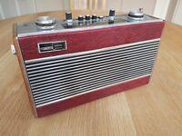 Roberts R606 radio