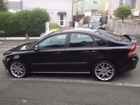 """Volvo S40 Diesel Sport. Full Service History. 18"""" Alloys. Climate Control. ' Parrot' Hands free kit."""
