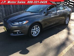 2015 Ford Fusion SE, Automatic, Leather, Heated Seats, Back Up C