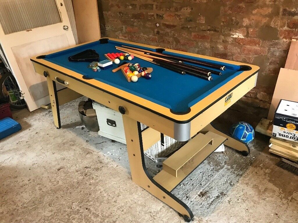 4 5 Ft Foldable Snooker Pool Table Cues