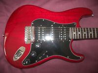 Fender Modern Player Stratocaster HSH + Gig Bag. / Crimson Red Transparent