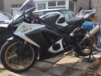 Gsxr 1000 k7 2008 less then 7000 miles from new