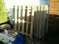 2 pallets, free to collect