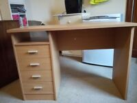 Beech effect desk