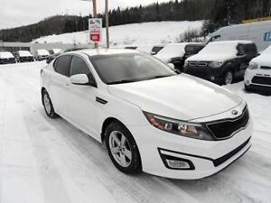 OPTIMA 2014 lx 35000 KM  auto,bluetooth WOW EXTRA CLEAN 15495$ g