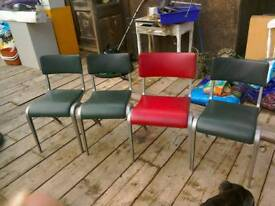 1 x Lovely Vintage Esavian Stacking Chair