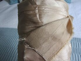 20 METRES LIGHT GOLD SILKY LOOK CURTAIN FABRIC IN ONE PIECE 140 CMS WIDE