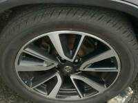 Nissan 19 inch alloys and tyres