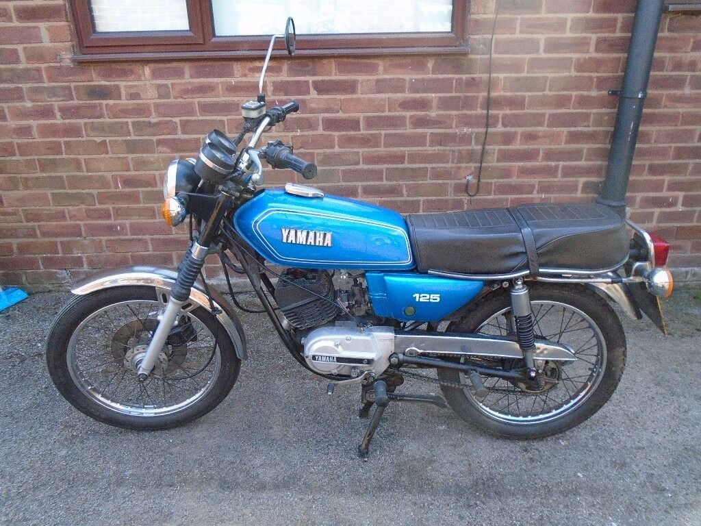 Yamaha RS125 1982 Full 12 Months MOT Ride Or Restore