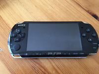 PSP 3003 + 4 Games + Official Charger + Official Memory Card