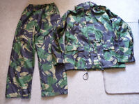 """Waterproof and breathable jacket and over trousers by """"Highlander"""" size XXL."""