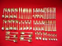88 pieces of Oneida Silver Plated Cutlery - used