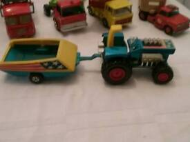Lensey toy tracter and trailer.