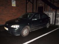 Opel Astra, Dark Green, reliable cheap runabout 2002 £200