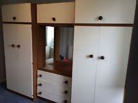 Retro wardrobe set