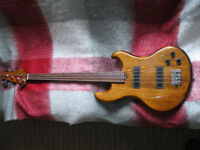 eko made in italy fretless bass c/w kent armstrong pups