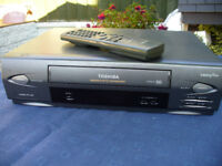 TOSHIBA VCR PLAYER