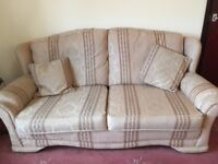 Sofa and 2 armchairs.