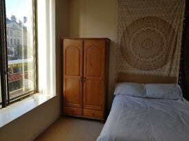 Double Room available in Old Town