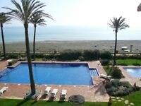Front line Penthouse beach apartment, sleeps 8, 5 min from Estepona. Nr golf & beach restaurants