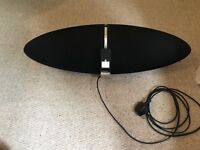 Bowers & Wilkins Zeppelin Speakers with remote control - amazing sound quality and great condition!