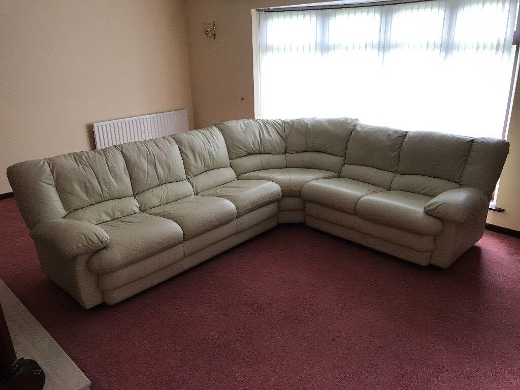 Cream L Shaped Leather Sofa 10 Ft X 9