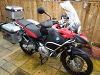 BMW GS R1200 ADVENTURE in red and black. Excellent condition, full aluminium luggage.