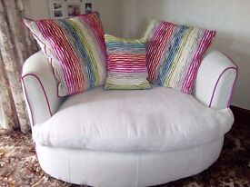 Round 2 seater sofas for sale