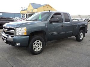 2009 Chevrolet Silverado 1500 LT ExtCab 4X4 6.6ft Box