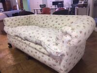 6ft x 3ft Flowery Sofa Free Giveaway Good Condition Needs TLC Free grey cover wooden feet