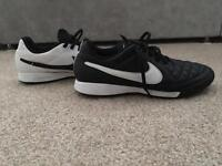 Men's Nike Tiempo football shoes size 7
