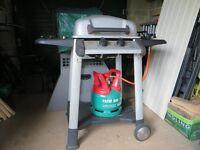 Barbeque c/w gas regulator and 5Kg gas cylinder