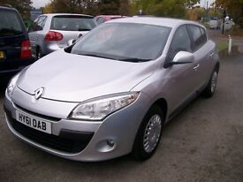 RENAULT MEAGNE EXPRESSION VVT 110. 1598cc. Manual. Petrol. Alloy Wheels. Air Conditioning.