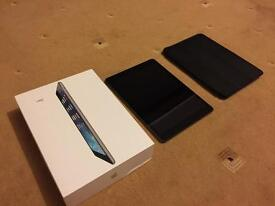 iPad Air 64gb wifi A* mint condition with Apple smart case included