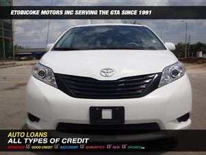 2013 Toyota Sienna LOW KMS/ NO ACCIDENTS....