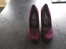 New unworn Blox purple hidden platform high heel shoes size 5