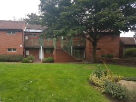 MANOR CROFT, NOTTINGHAM *ONE BED ONE PERSON FIRST FLOOR FLAT* NO PETS