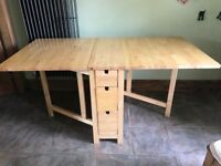 ikea table folding with 3 chairs