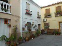 Spanish house for sale in the unspoilt traditional white village of Luque.