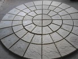 Four ring paving circle