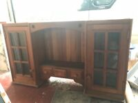 Hard wood kitchen unit great condition