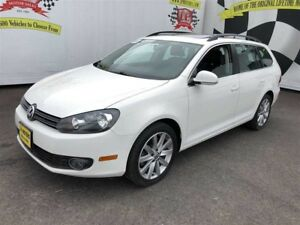 2012 Volkswagen Golf Wagon Highline, Automatic, Leather, Diesel,