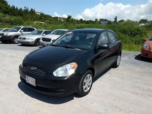 2010 Hyundai Accent GLS - $4045 taxes in !