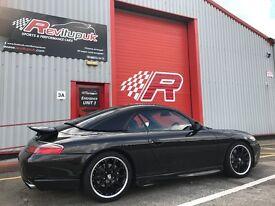 Porsche 911 Carrera 4 996 2000 with £12k receipts