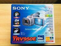 Sony DCR-TRV950E Camcorder + Batteries