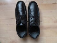 Men's Black Clarks Shoes - new and unworn. Size 11 , slim fit.