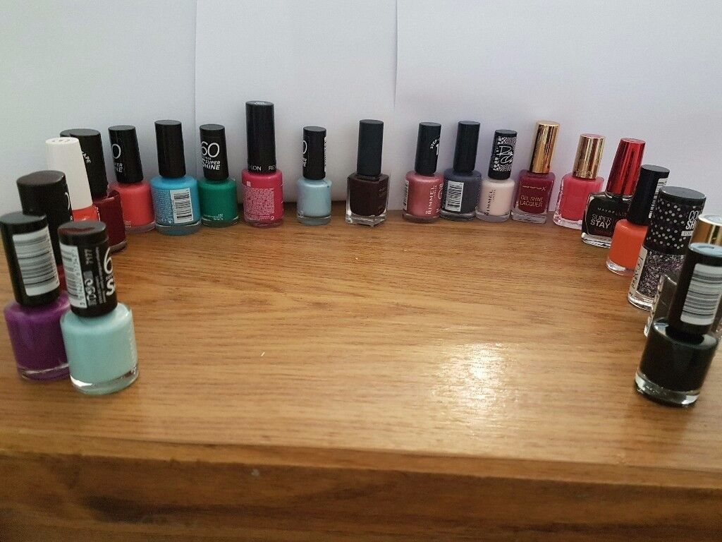 Brand nail bolish different colours bundle 23 pieces new