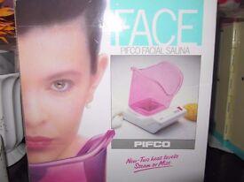 New face sauna, Face Pifco Facial Sauna. (Inhaler as an option.) Two heat levels, steam or mist.