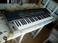 Casio CT6000 vintage 1980s keyboard / synth with analogue style sounds - mint condition